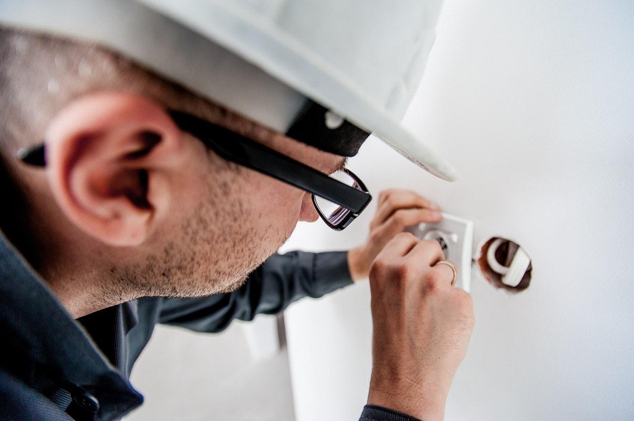 elektriker-berlin-potsdam-steckdose-installieren